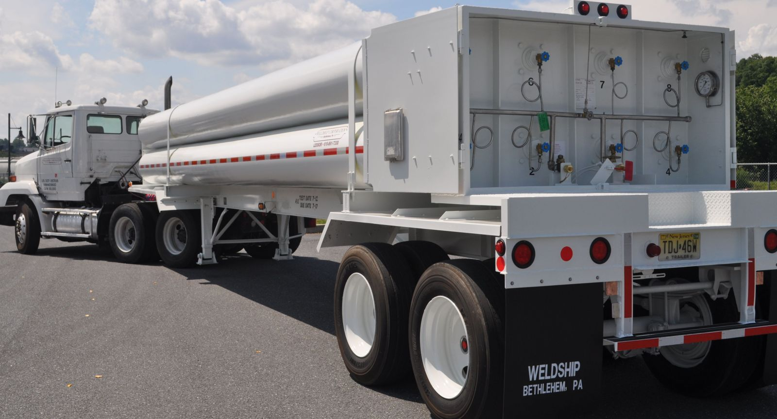 Tube trailers, tank trailers, ISO containers, CO2 transports